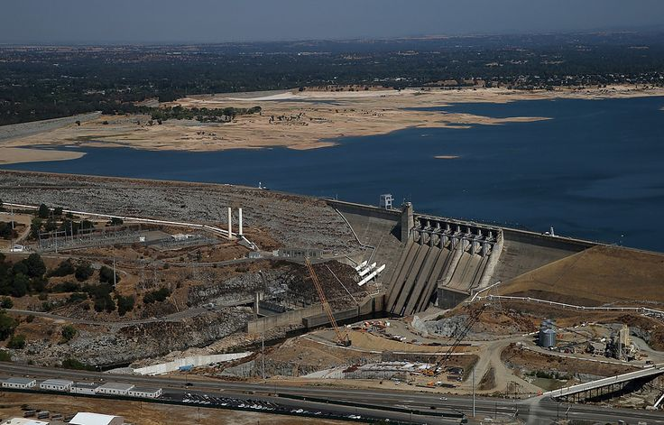 """Folsom Dam""  Photos Before & After the California Drought"