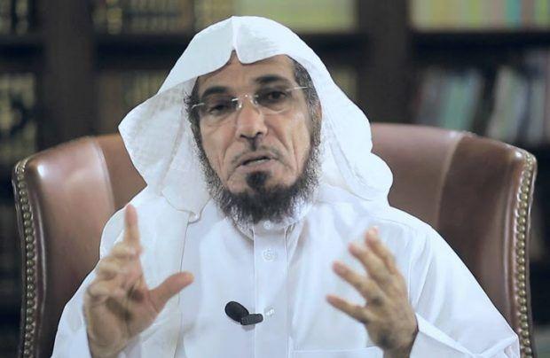 Berita Islam ! Syaikh Salman Al-Audah dan Awad Al-Qarni Ditangkap... Bantu Share ! http://ift.tt/2wRDAcQ Syaikh Salman Al-Audah dan Awad Al-Qarni Ditangkap  Riyadh  Pasukan keamanan rezim Arab Saudi dikabarkan kembali menangkap ulama. Penangkapan kali ini menimpa Syaikh Salman Al-Audah dan Awad Al-Qarni. Keduanya ditahan karena dituduh mendukung Qatar. Kabar penangkapkan dua ulama Saudi ini pun banyak dibicarakan di media sosial pada Ahad (10/09). Bahkan hastag yang mengabarkan penangkapan…
