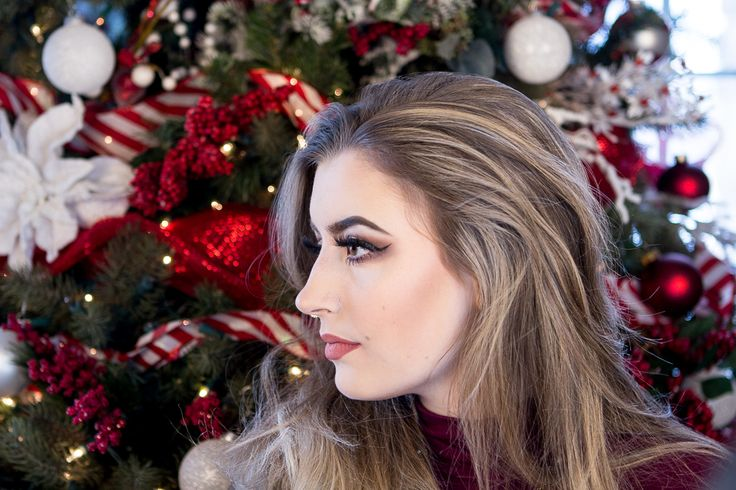 Perfect Christmas party makeup. Video tutorial on the blog