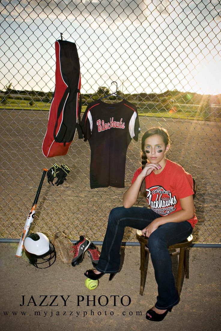 Senior Softball Pictures