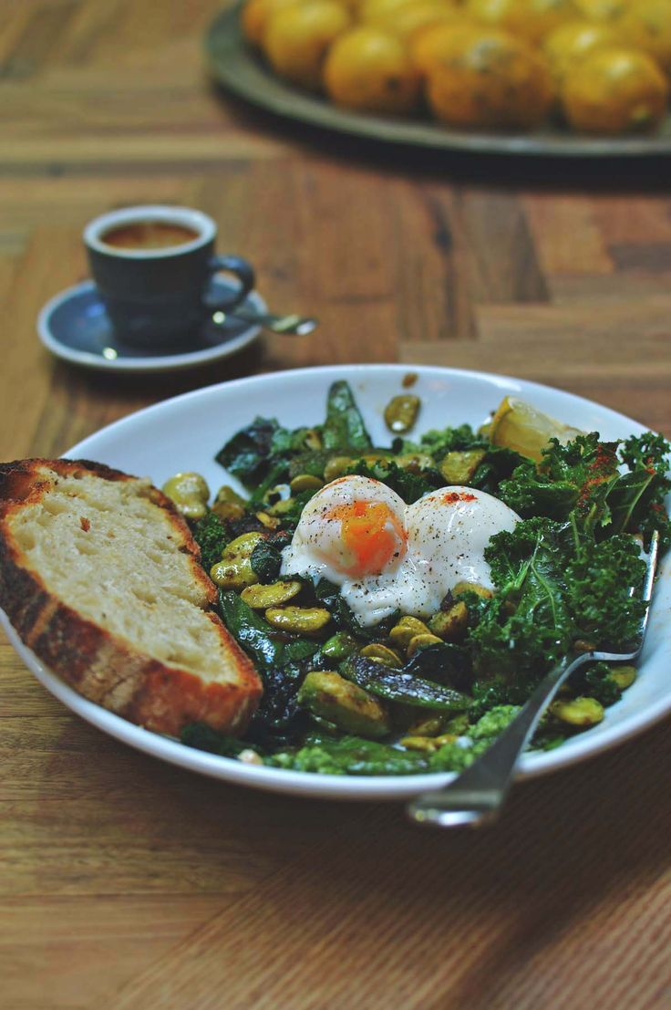 Green eggs and 65° eggs at Roastville Coffee, Marrickville - feature by heneeedsfood