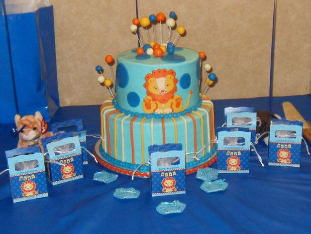 baby shower boy baby shower themes circus baby showers diaper baby