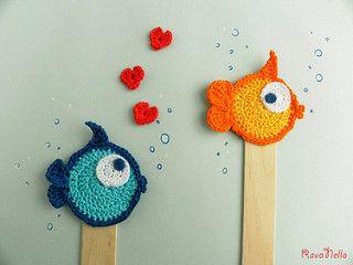 Pesciolini innamorati | Segnalibri all'uncinetto con stecca … | Flickr
