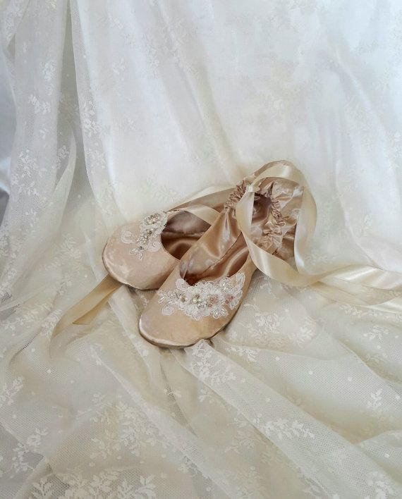 Hey, I found this really awesome Etsy listing at https://www.etsy.com/listing/247055013/champagne-bridal-flat-shoe-ivory-bridal