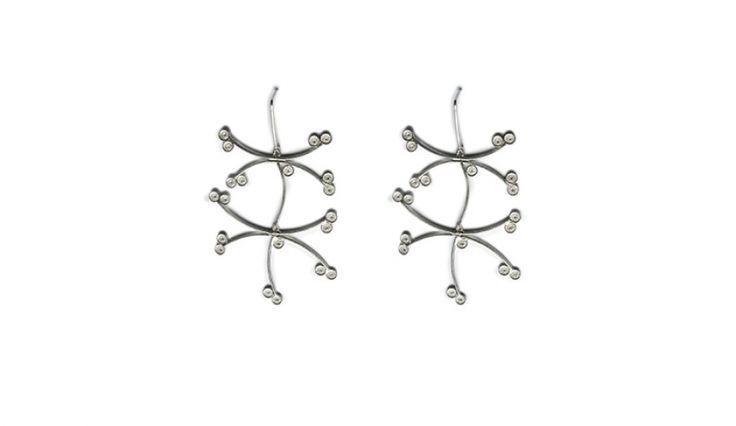 Liliana Guerreiro | Colecções - Handmade silver earrings, using a filigree technique