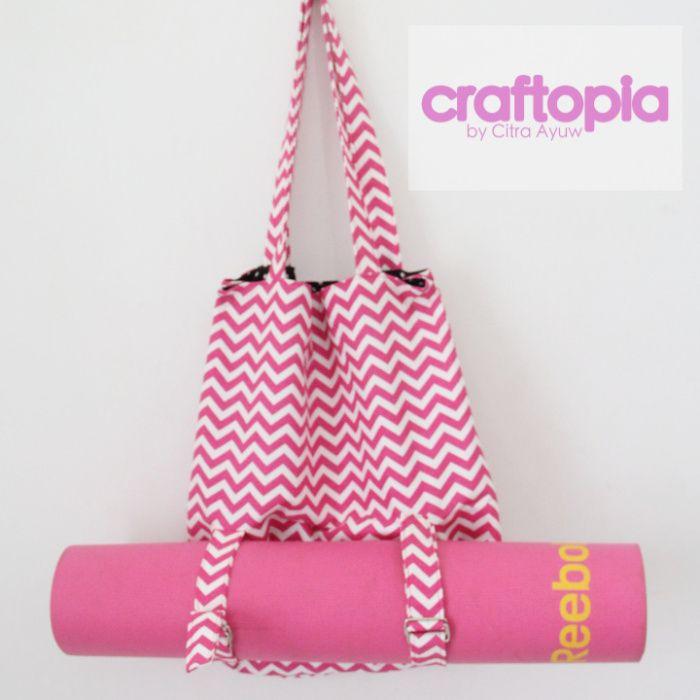 Yoga Tote Bag because I'm Practical |    https://citraayuw.wordpress.com/2017/02/21/yoga-tote-bag-because-im-practical/