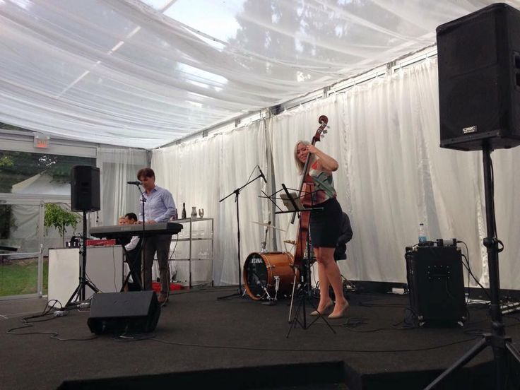 Our LIVE trio rocking the dinner set for the Kiwanis Club of Casa Loma