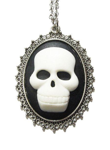 Camafeu Skull  #skull #caveira #colar #necklace #vintage #cameo #camafeu