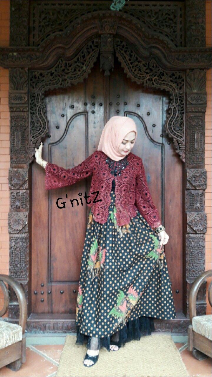 Brokat and batik colet