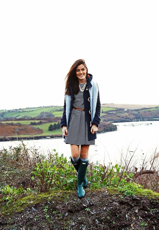 striped dress, wellies, classy pearls, and a beautiful backdrop {via classy girls wear pearls}