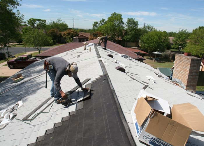 Roofers In NY Construct And Repair All Types Of Roofs Deftly. They Use  Modern Machinery