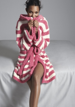 Barefoot Dreams Robe #Nordstrom #NSale. Oh so CoZy....especially appealing now that I have a cold!