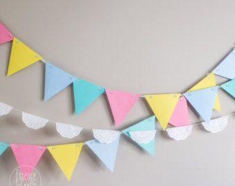 Artículos similares a Neon Star party Garland, Rainbow bunting, colorful party decor, kids room decor, nursery decor, wedding garland, rainbow wedding decor en Etsy
