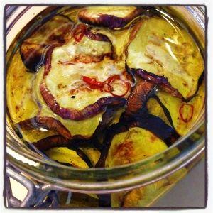 「★あると便利な常備おかず★ズッキーニのオイル漬け♪」ズッキーニの他にナスやカボチャでも美味しいです♪【楽天レシピ】