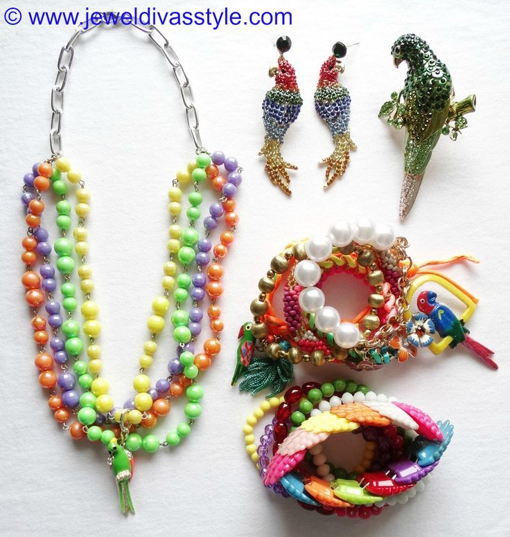 JDS - PARROT JEWELLERY SET (JEWEL DIVAS necklace & bracelet stack) - http://jeweldivasstyle.com/accessory-style-matching-your-jewels-to-your-kaftans/