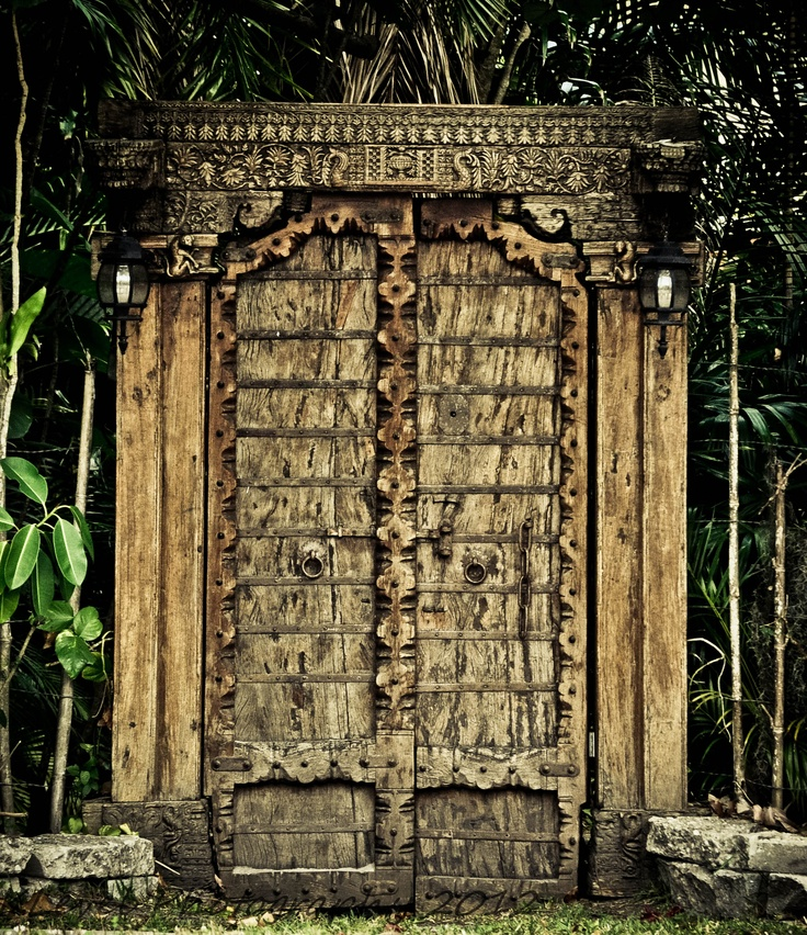 old gateStands Ajar, Favorite Places, Places I D, Gates Open, Old Gates, Plain Awesome