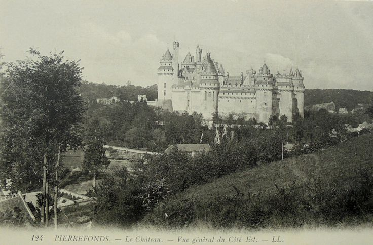 French Unused Vintage Postcard - The Chateau at Pierrefonds, France by ChicEtChoc on Etsy