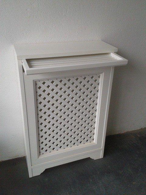 Galleria mobili e arredi: copricalorifero con stendino estraibile