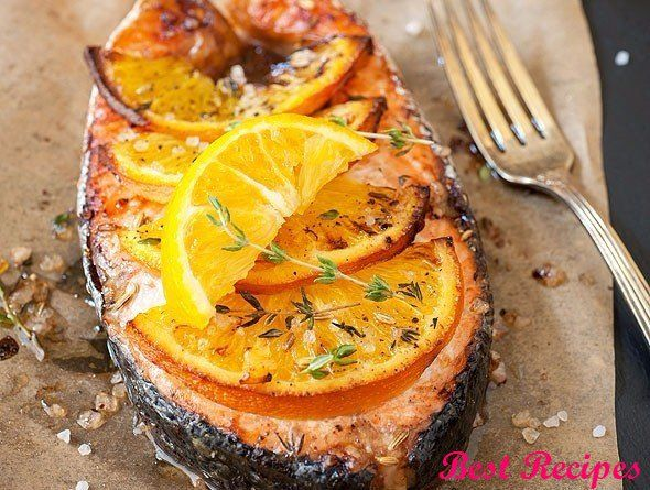 Trout baked with oranges