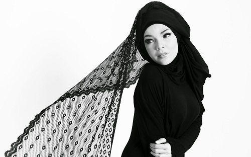 http://ummi-online.com/tips-kecantikan-rambut-untuk-yang-berhijab.html