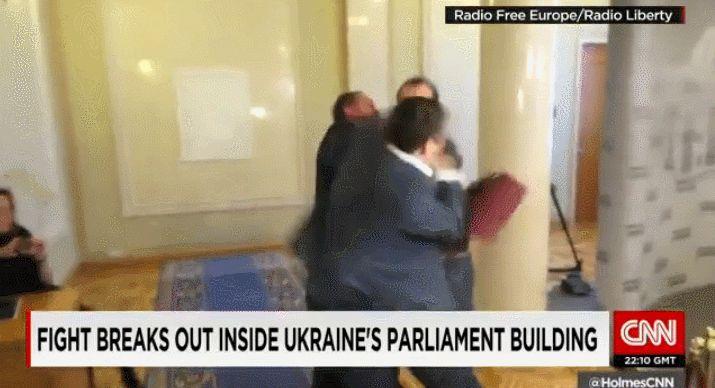 말로 안하는 우크라이나 국회