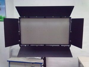 LED Panel 2000 diods 130w - color temperature 3200k or 5600k. By Sino Power in China - min order 2 units. 350mm*650mm*40mm - Battery optional. Model Number: LED-002 - http://www.sinopower-china.com/sell-1201494-led-panel-2000-diods-130w.html