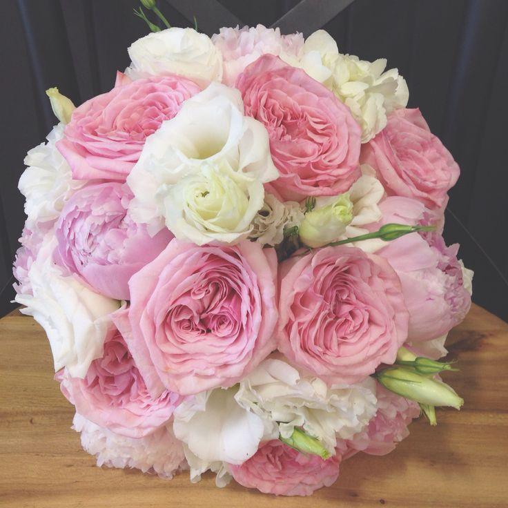 Lisianthus, garden roses, peonies