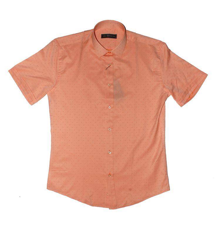 Мужская рубашка приталенная короткий рукав по супер выгодной цене 2900 руб руб, с бесплатной доставкой по Москве и России без предоплаты. В наличие размеры M, S, L, XL, приезжайте к нам в магазин!