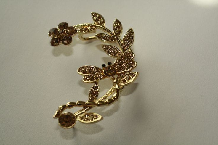 9k Gold Filled Dragon Fly Champagne Austrian Crystal Ear Cuff #9k #ear #earcuff #earring #gold #jewelry #piercing #pretty #summer  40% off order of $50 or more.  Free Shipping on orders over $25.  ceesquared.ca