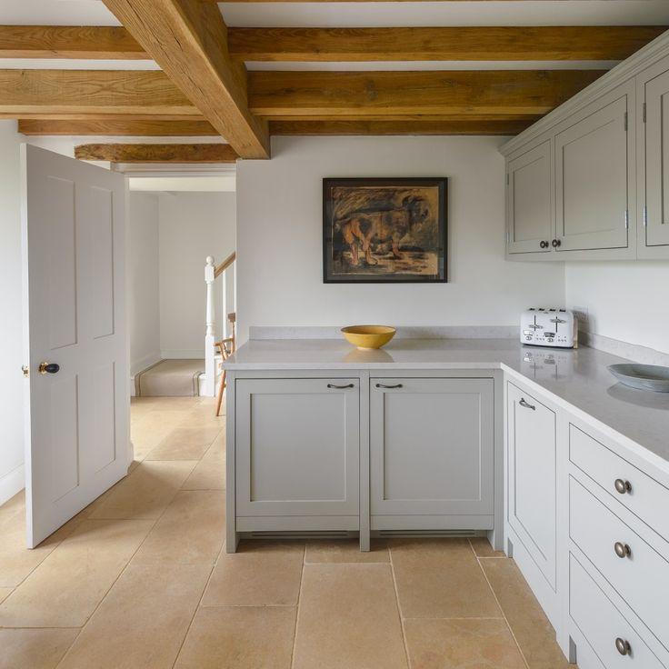 Simple Zementplatten in der K che Mosaikboden grauer Boden Copyright VIA Platten Foto Woodworker Altbau Denkmalschutz de Pinterest