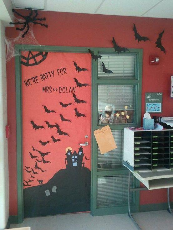 Halloween Classroom Decorations Make : Best klas klasdeur versieren images on pinterest