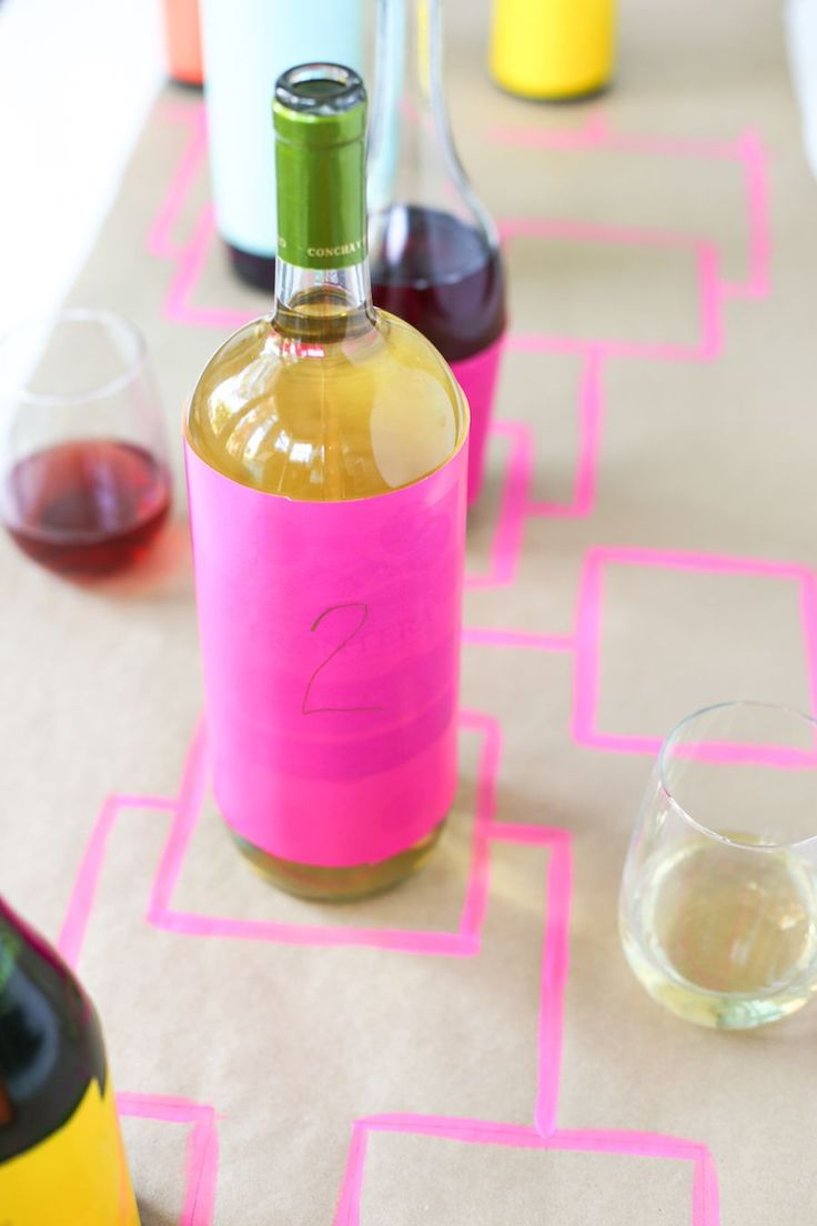 Skip the March college basketball brackets and host a Bottle Bracket Wine Tasting Game instead! // Salty Canary // #ad #winetasting