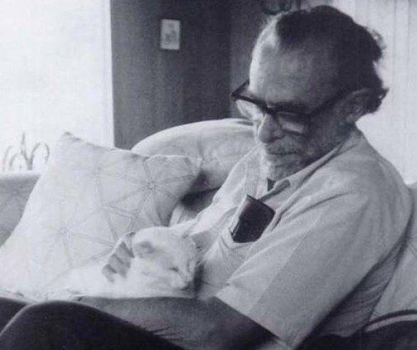 Charles Bukowski and cat