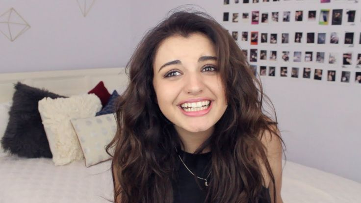 Rebecca Black Reacts to Hate Comments