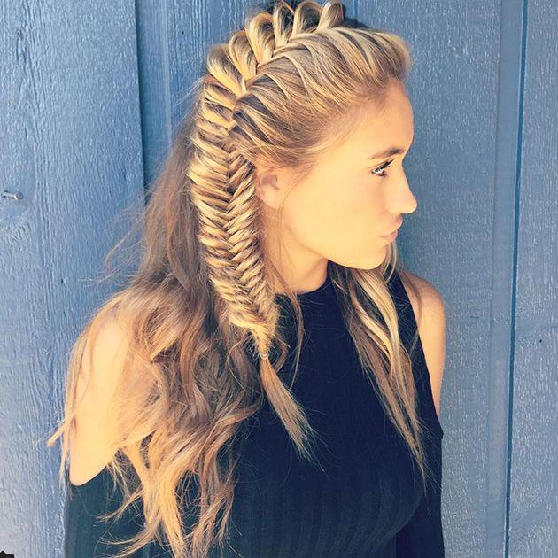 коса заплетенная вокруг головы