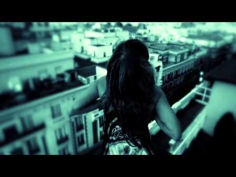 http://youtu.be/s3cdmLgVSsE Ivonne Reyes. Actriz protagonista, voz y reedición. Videoclip de Mi Dueña de Enrique Barrios #ivonnereyes