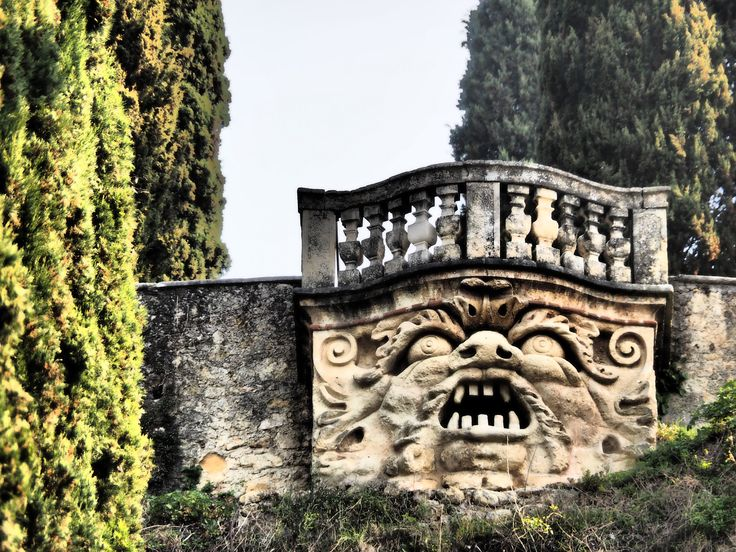 """Giardino Giusti - This monster apparently spat fire during garden parties. """"The Giusti Palace and Garden (Italian: Palazzo e giardino Giusti) are located in the east of Verona, Italy, a short distance from Piazza Isolo and near the city centre. The palace was built in the sixteenth century. The garden is considered one of the finest examples of an Italian garden.""""  (by M_Strasser)"""