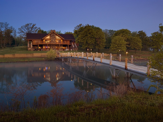 25 best ideas about luxury log cabins on pinterest log for Hidden falls cabins branson mo