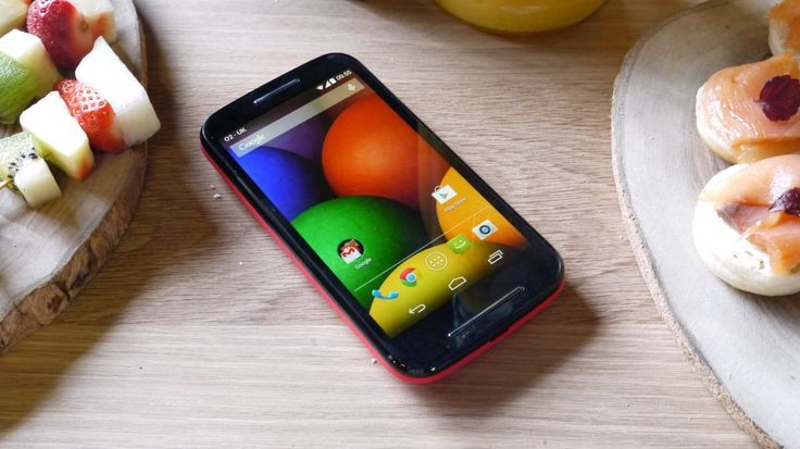 Moto X+1 flaunts a case and dual speakers in leaked shots | The Moto X+1 is looking fancier every day; first was a rumored Kevlar back and now dual speakers. Buying advice from the leading technology site