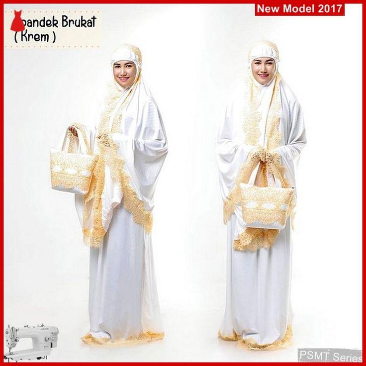 Model Seri 85A Mukena Spandek Kr http://www.bajumurahgrosiran.com/2017/04/Mukena-Spandek-Brukat-Krem-Yang-Terbaru-2017-PSTM185-BMGShop.html