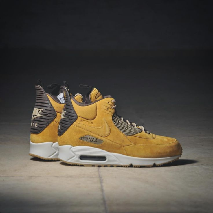 """@sneakers76 su Instagram: """"NIKE AIR MAX SNEAKERBOOT WINTER 684714 700 @sneakers76 store + online www.sneakers76.com €160,00 @nikesportswear #nike #sneakerboot #airmax #air #airmax90 #winter  Photo credit #sneakers76 #sneakers76hq #teamsneakers76"""""""