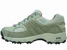 Chaussures WW747GB New Balance  - Pratiquer la randonnée, sports nature, marche - Chaussures WW747GB New Balance Légères (304 g) et amortissantes, elles sont idéales pour la balade sur route, en forêt, sur les chemins côtiers et en petite montagne. 90 euros...