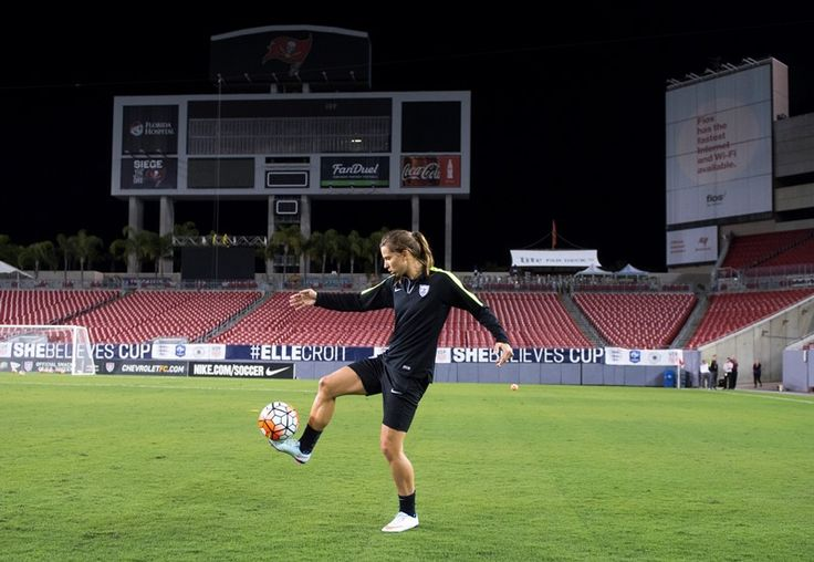 Tobin Heath - USWNT Training at Raymond James Stadium ahead of opening match at 2016 SheBelieves Cup in Tampa (U.S. Soccer)