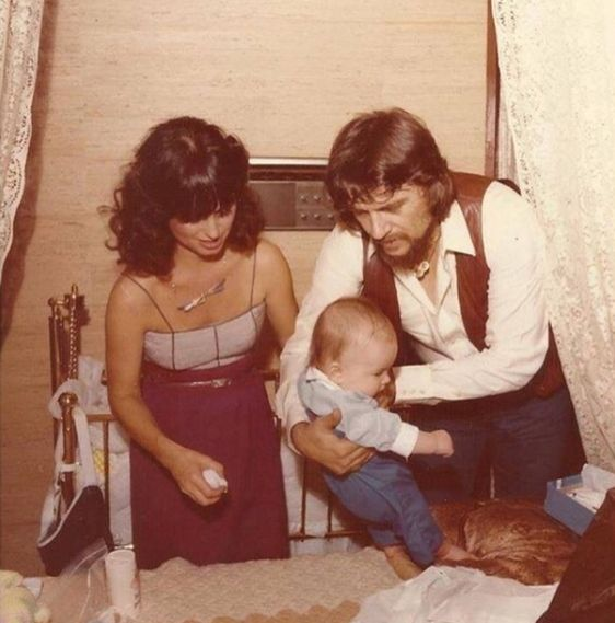 Waylon Wednesday - Family Edition  Jessi Colter, Waylon Jennings & Shooter Jennings