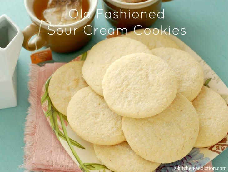Old Fashioned Sour Cream Cookies With Butter Sugar Eggs Vanilla Extract Light Sour Cream Al Sour Cream Cookies Sour Cream Sugar Cookies Sour Cream Recipes
