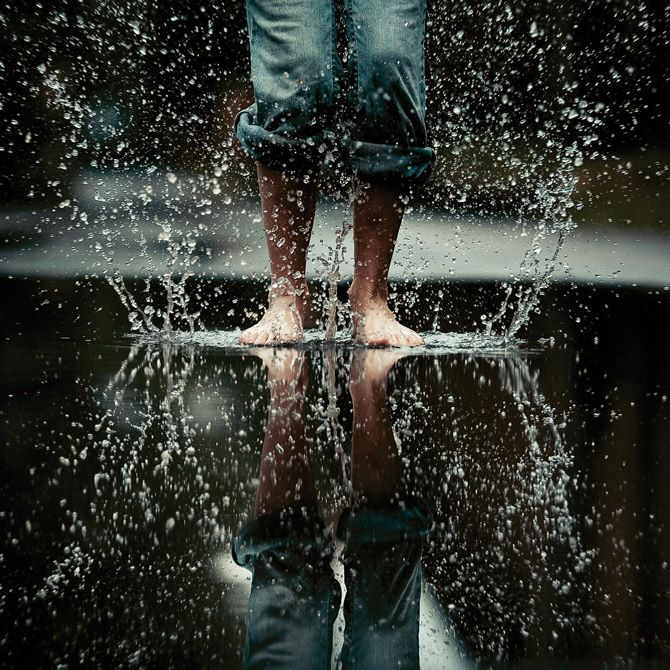 puddle splash bare feet
