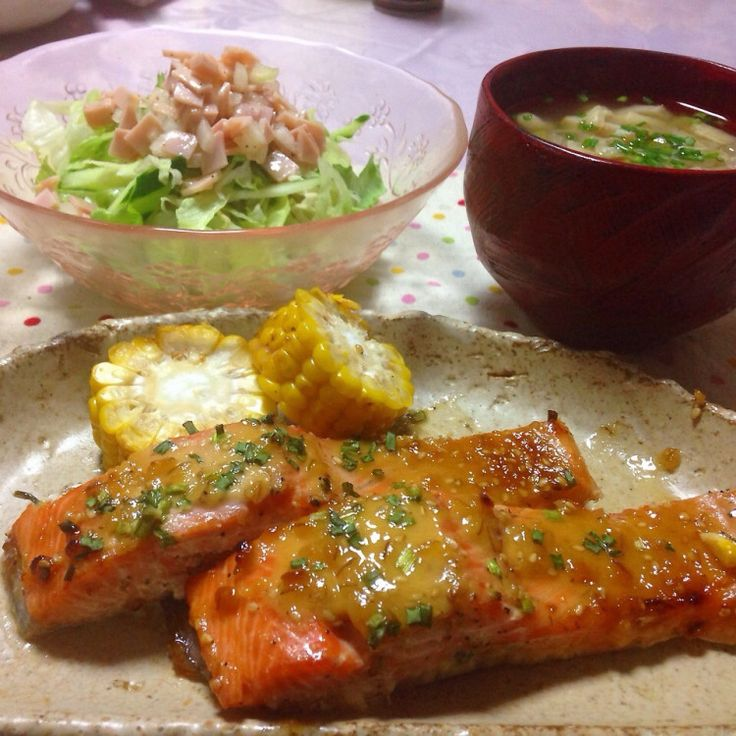 鮭のみそマヨタレ焼き・レタスサラダ・のっぺ汁