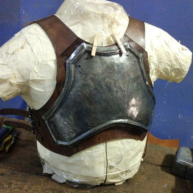 Male chest armor WIP ... Soon in multiples sizes in my etsy shop!!