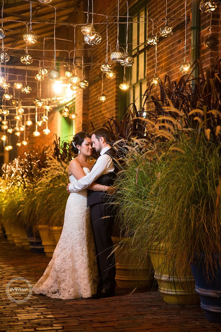 Archeo Wedding  / Distillery District / Avenue Photo / Toronto wedding photography