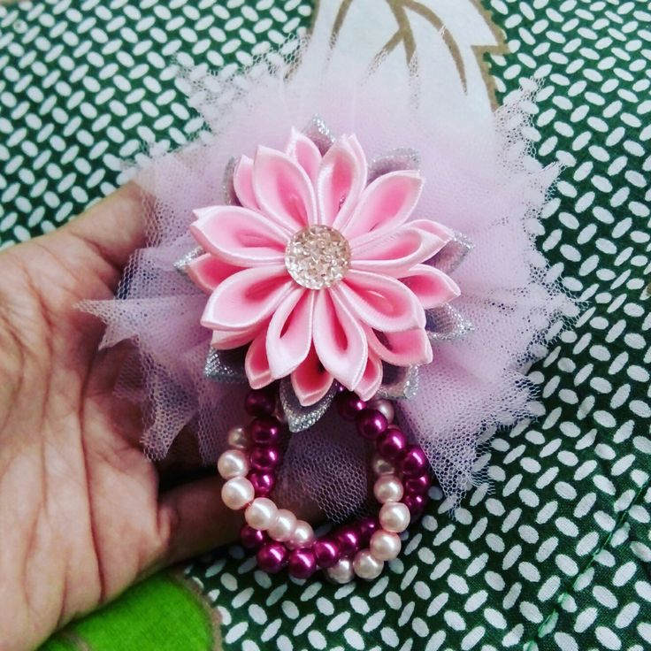 Flower ribbon brooch with pretty pearl and tule...